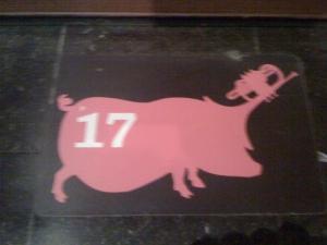 świnka z trąbką, MIM, Bru